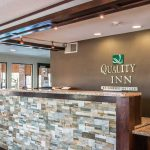 Quality Inn & Suites - Grand Rapids, MI - Front Desk