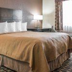 Quality Inn & Suites - Grand Rapids, MI - Queen Bedroom